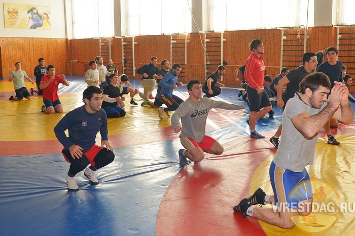 Видеорепортаж с тренировки сборной Дагестана