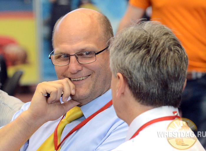 На алиевском турнире судил самый титулованный арбитр в мире