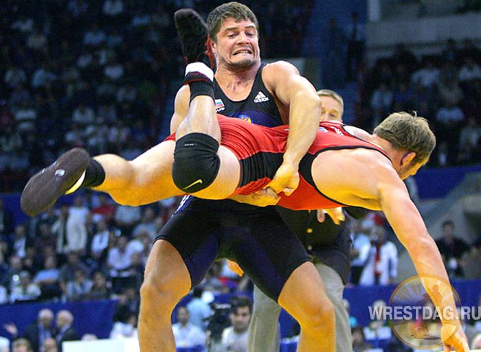 Чемпионат России: олимпийские чемпионы держат марку