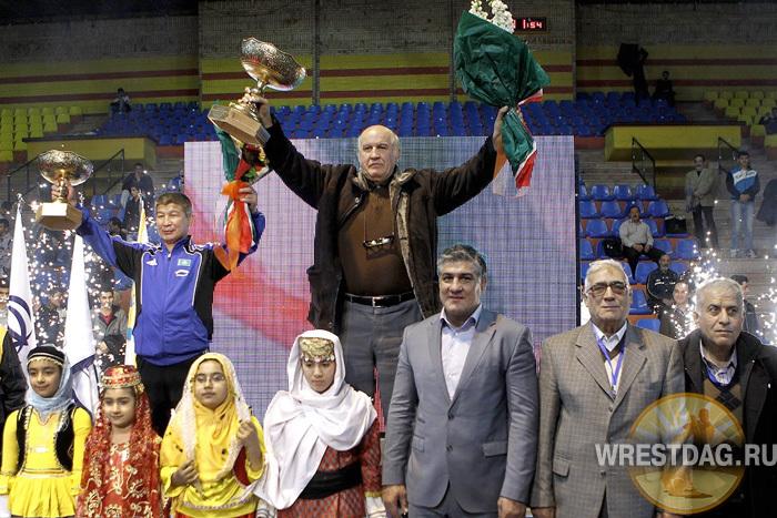 Кубок Голамреза Тахти предсказуемо завоевали иранские пехлеваны