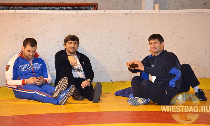 Завтра вступят в борьбу Бекхан Гойгереев и Рустам Ампар