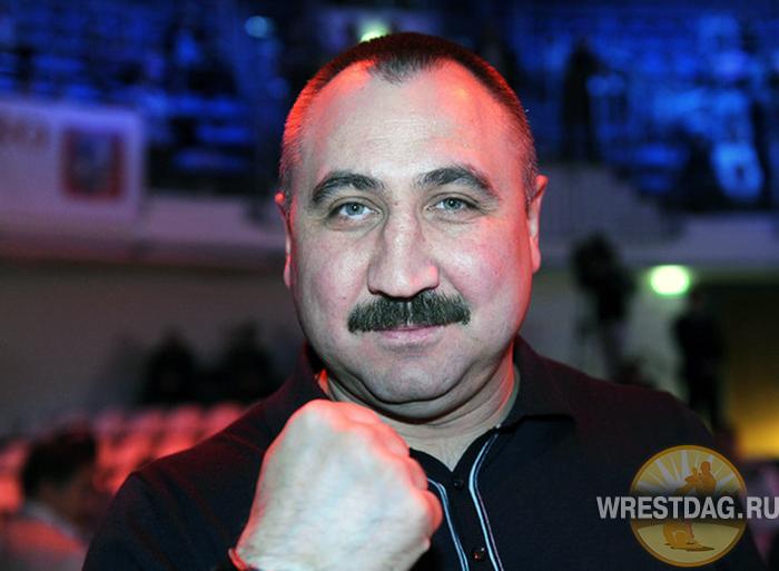 Александр Лебзяк уверен в победе россиянина над «азербайджанцем» Альбетом Селимовым