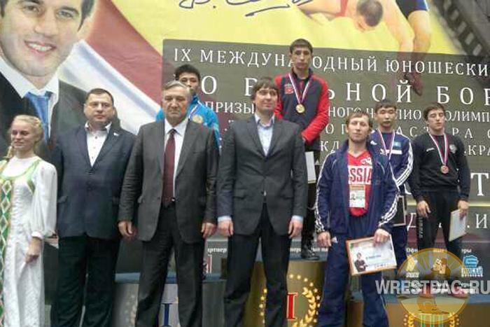 Три дагестанских чемпиона в первый день турнира на призы Б. Сайтиева