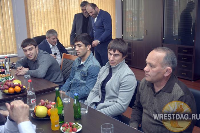 Депутат парламента РД встретился с борцами