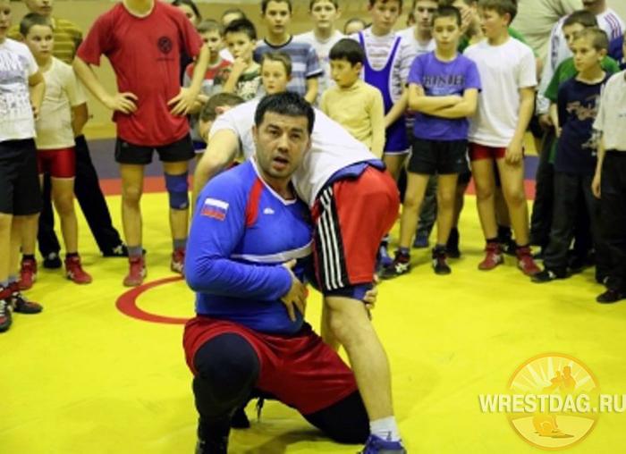 Хаджимурад Магомедов дал мастер-класс для борцов Татарстана