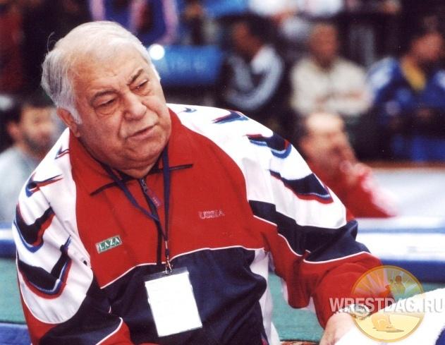 Сборная Дагестана поздравляет с юбилеем Дмитрия Миндиашвили