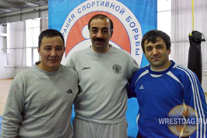 Справа налево: Алим Урусмамбетов, Владимир Модосян и Владимир Кириллин