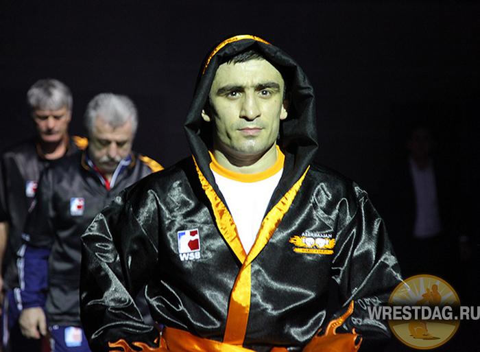 Селимов проигрывает Ломаченко и вместе с командой выбывает из турнира