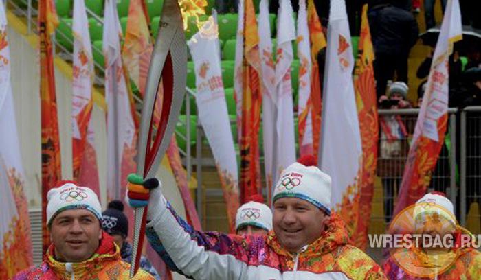 Боксер Султан Ибрагимов заявил, что никогда бы не перешел в ММА