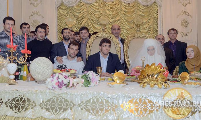 Абдусалам Гадисов простился с холостяцкой жизнью