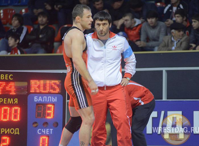 Юсуп Абдусаламов секундирует бронзового призера чемпионата Европы Кристиана Брзозовски