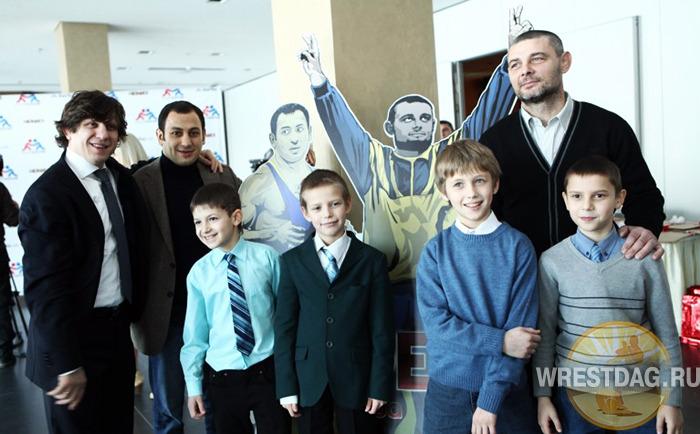 Украинские борцы предстали в образах супергероев из комиксов